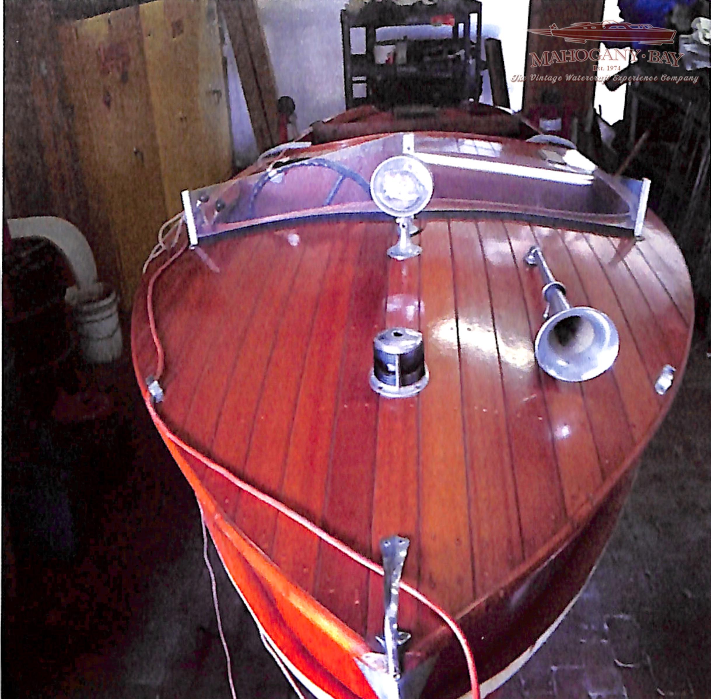 Refinish Stain Paint Amp Varnishing Boats Mahogany Bay