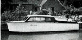 <h5>Command A New 1950 Chris Craft</h5>