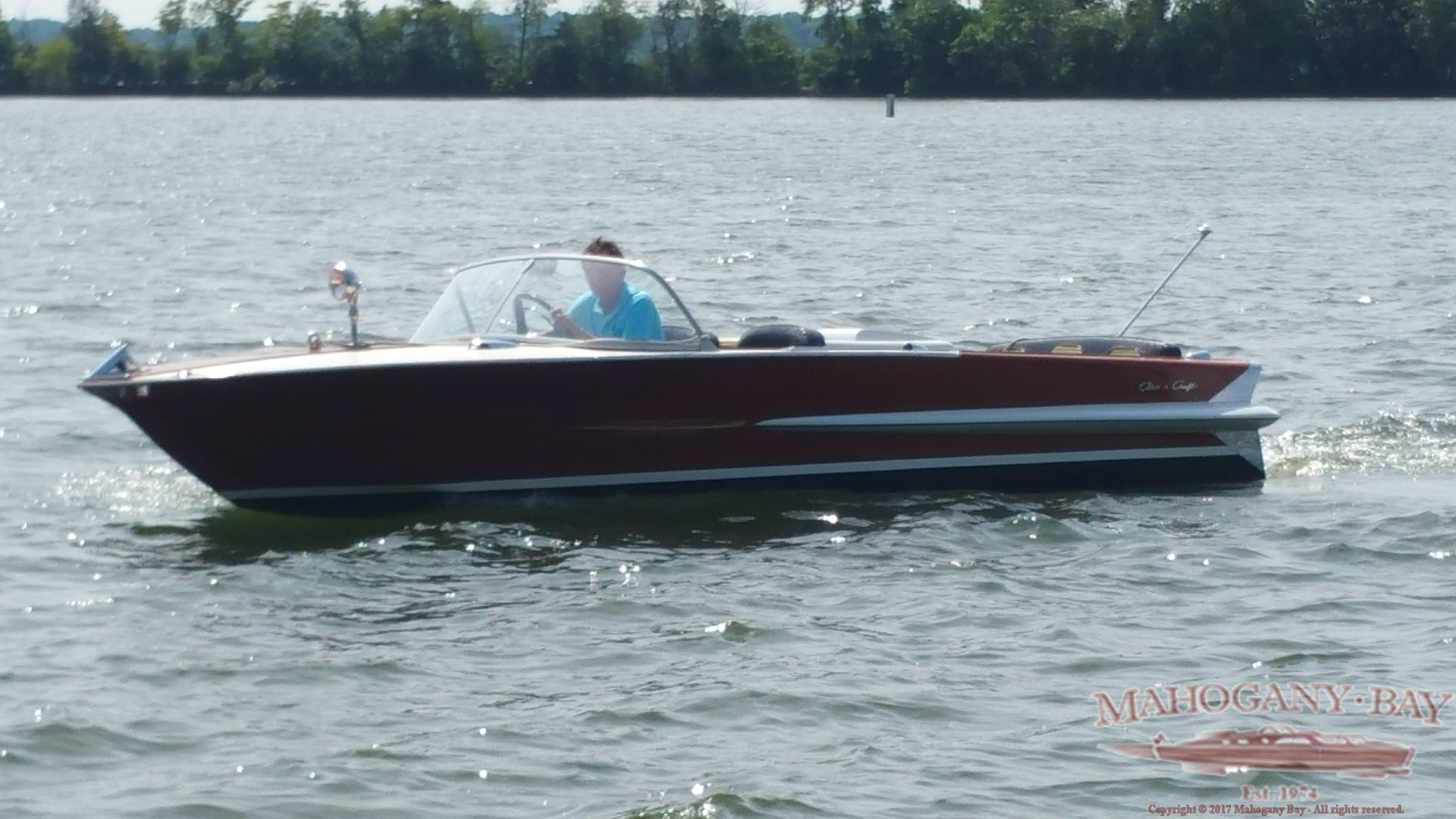Chris craft classic wooden boats for sale vintage for Skiff craft boats for sale