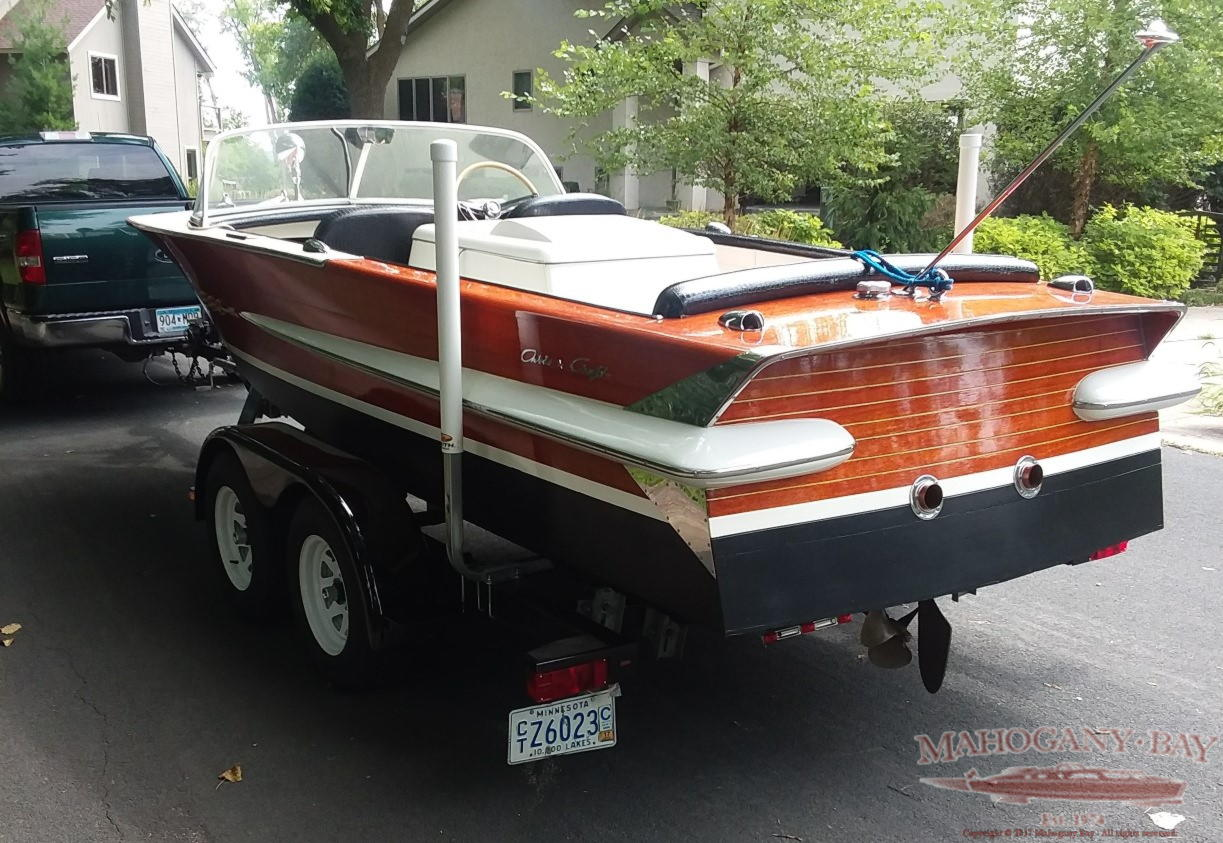 1962 20ft Chris Craft Holiday Classic Wooden Boats For